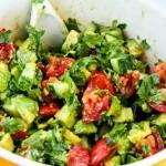 Салат из сельдерея и авокадо